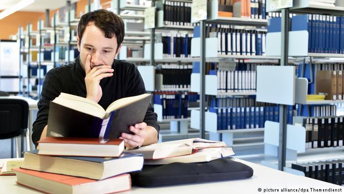 5 strategies for writing university essay
